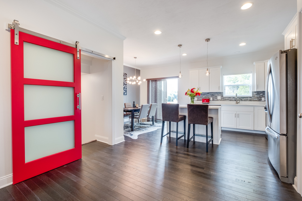 Duplex-Style Townhome 10
